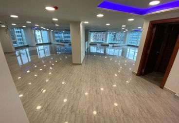 Full Floor Administrative For Rent in Northern 90th Street