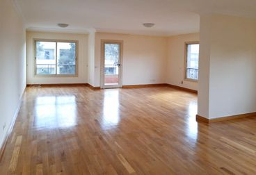 Apartments in CAC Square 350 M² Extra super lux For Rent